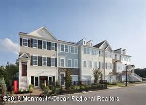 Condominio por un Alquiler en 116 Halliard Drive 116 Halliard Drive Eatontown, Nueva Jersey 07724 Estados Unidos