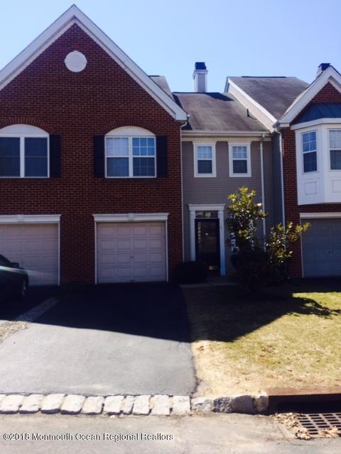 Condominio por un Alquiler en 14 Fox Meadow Lane 14 Fox Meadow Lane Holmdel, Nueva Jersey 07733 Estados Unidos