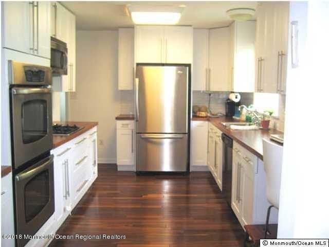 Casa Unifamiliar por un Alquiler en 17 Palmer Avenue 17 Palmer Avenue West Long Branch, Nueva Jersey 07764 Estados Unidos