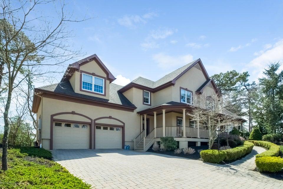 独户住宅 为 销售 在 21 Tamarack Drive 21 Tamarack Drive 布里勒, 新泽西州 08730 美国