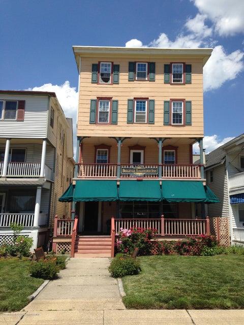 独户住宅 为 销售 在 7 Main Avenue 7 Main Avenue Ocean Grove, 新泽西州 07756 美国