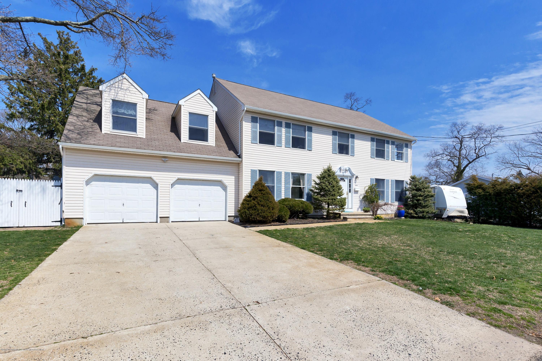 Maison unifamiliale pour l Vente à 1044 6th Avenue 1044 6th Avenue West Belmar, New Jersey 07719 États-Unis