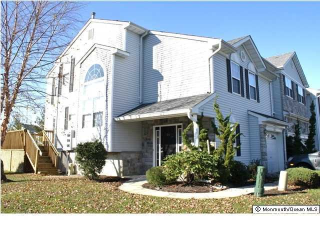 Condominium for Rent at 34 Chimney Court 34 Chimney Court Laurence Harbor, New Jersey 08879 United States