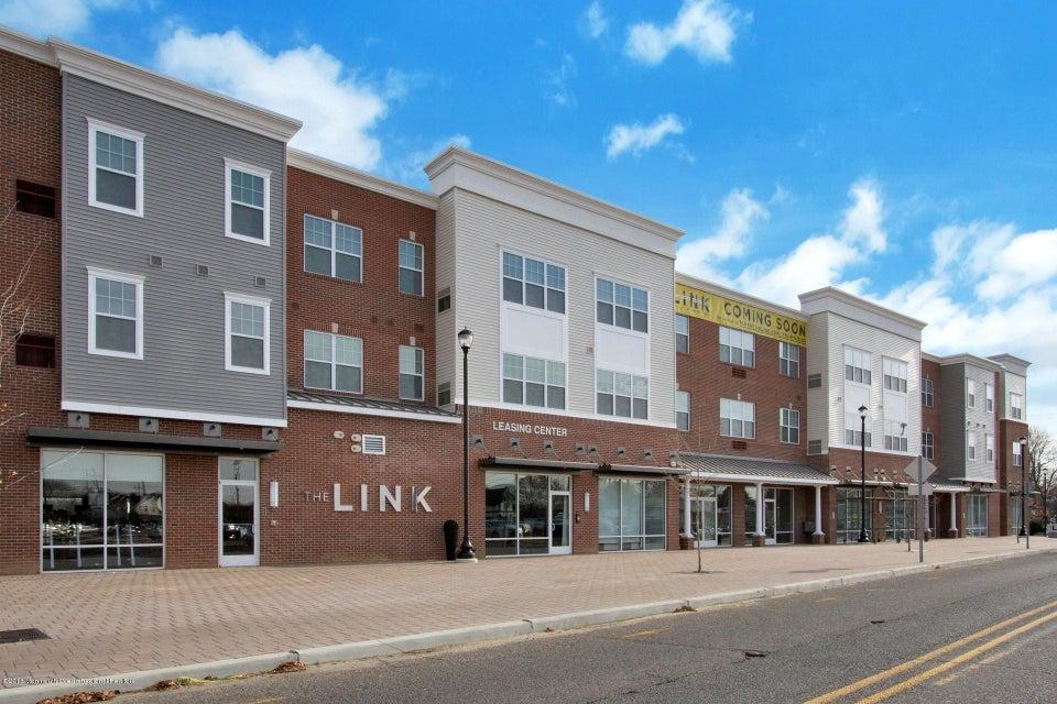 公寓 为 出租 在 1101 Schindler Drive 1101 Schindler Drive 亚伯丁, 新泽西州 07747 美国