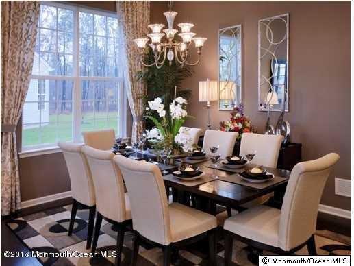 Linwood Dining Room