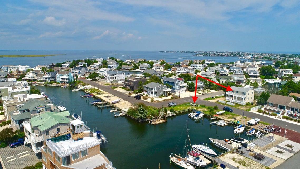 Mehrfamilienhaus für Verkauf beim 3 Lange Avenue 3 Lange Avenue Harvey Cedars, New Jersey 08008 Vereinigte Staaten