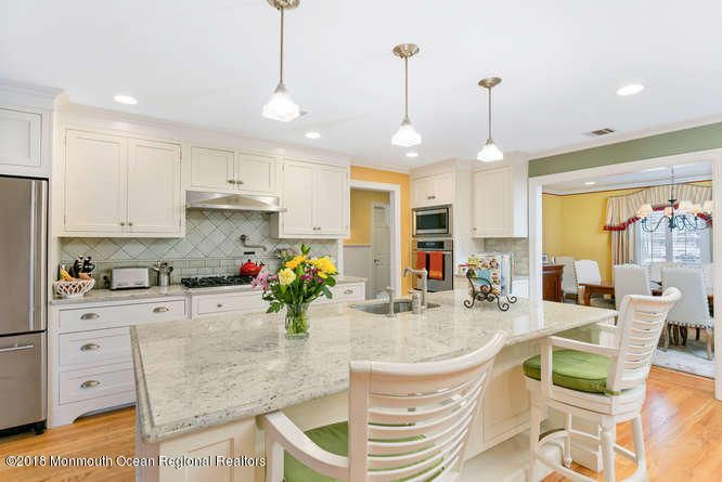 Additional photo for property listing at 50 Catherine Avenue 50 Catherine Avenue Red Bank, ニュージャージー 07701 アメリカ合衆国