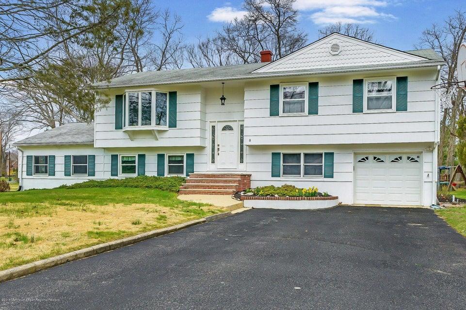 Einfamilienhaus für Verkauf beim 8 Ash Street 8 Ash Street Eatontown, New Jersey 07724 Vereinigte Staaten