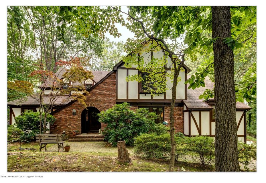 4 E Brook Drive, Holmdel, New Jersey