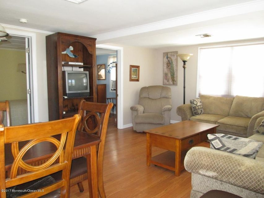 150 W Beach Way - Picture 5