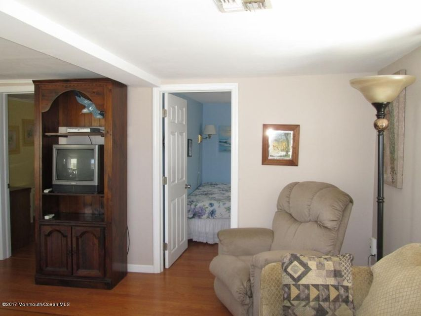 150 W Beach Way - Picture 7