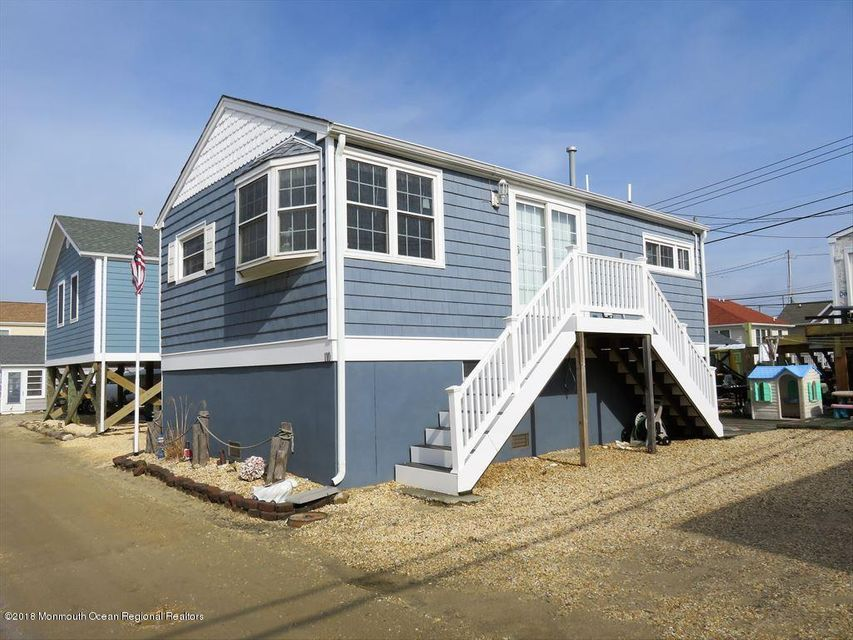 110 W Dolphin Way - Lavallette