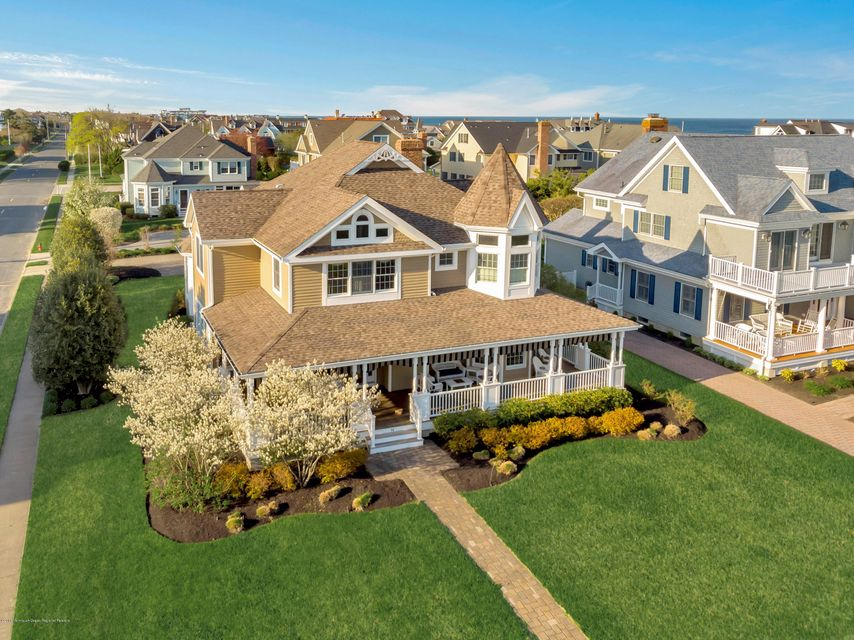 Colonial w/ Oceanviews
