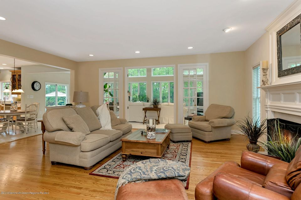 2814 Concord Dr Wall Township-large-012-