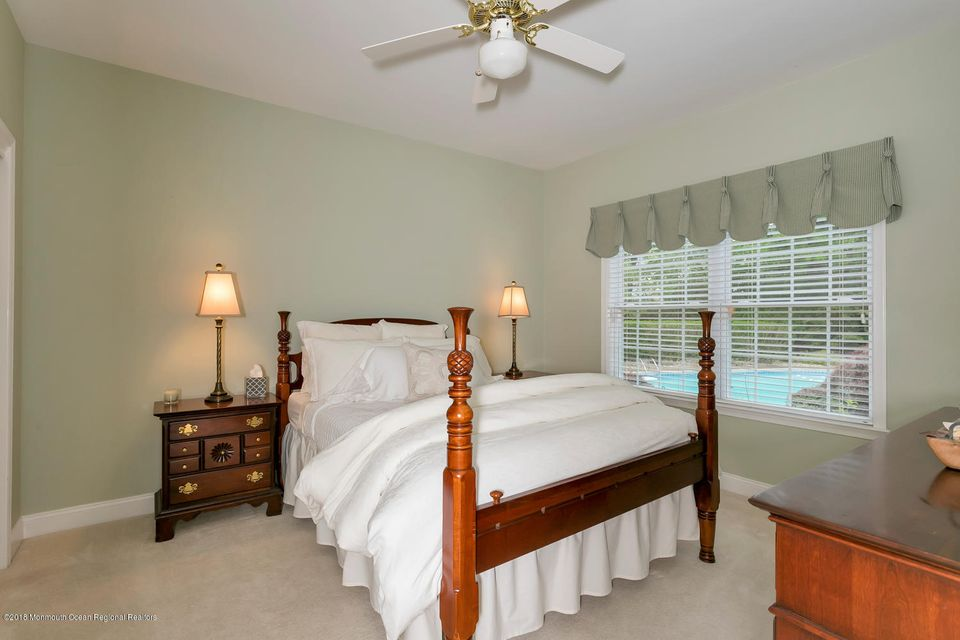 2814 Concord Dr Wall Township-large-024-