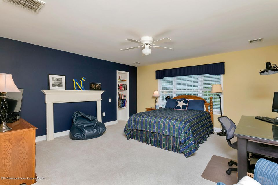 2814 Concord Dr Wall Township-large-026-