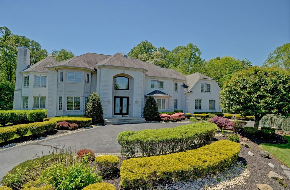 3  Beechwood Grove Court, Holmdel, New Jersey