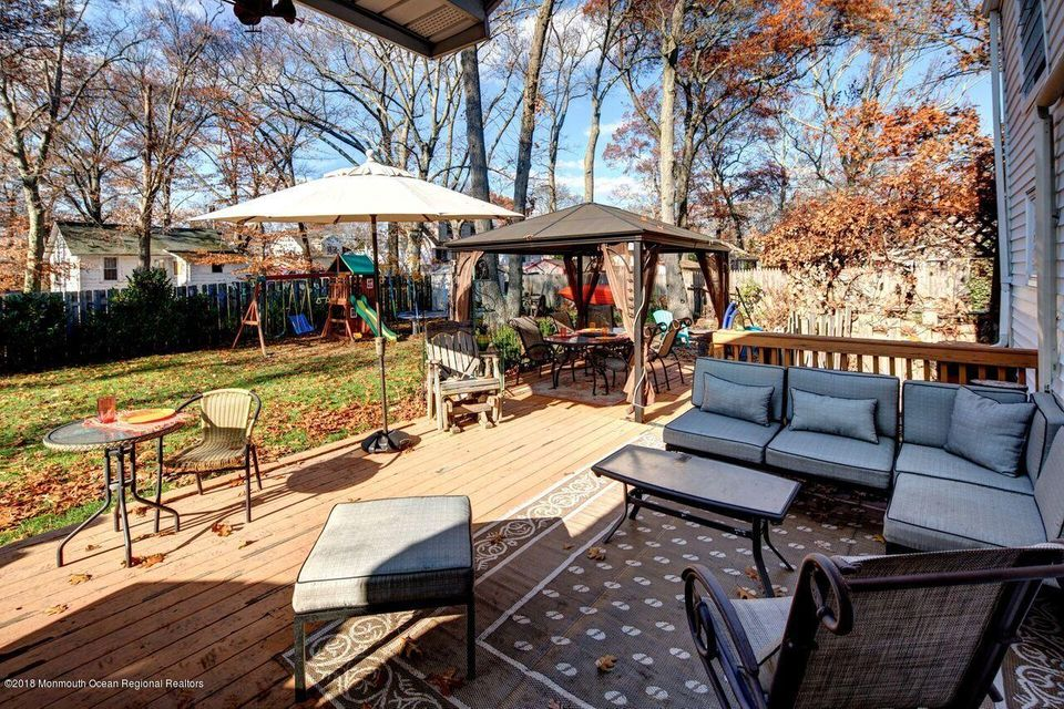 Covered Patio off Kitchen