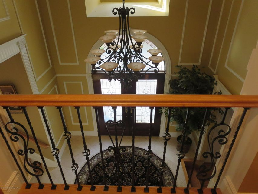 236 Foyer 1