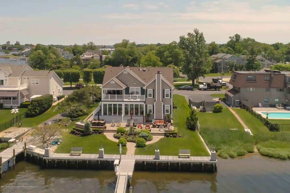 Photo of 544 Seawaneka Avenue, Oceanport, NJ 07757
