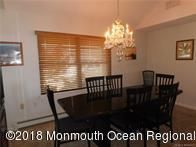 C21 listing for 11 Bluebeard Way dining