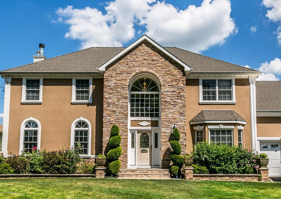 Piscataway Homes for Sales | Heritage House Sotheby\'s International ...