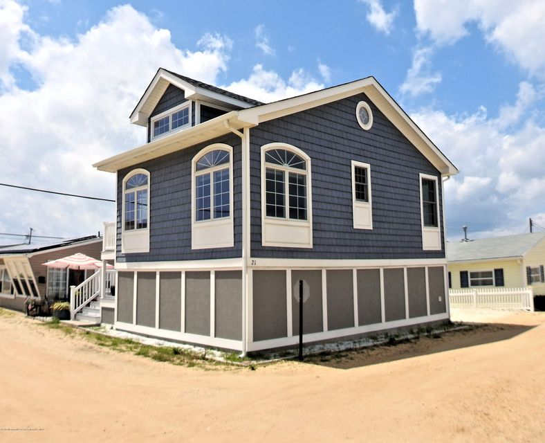 21 E Amberjack Way - Lavallette