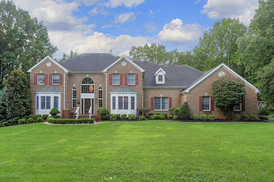 6  Colts Drive, Holmdel, New Jersey