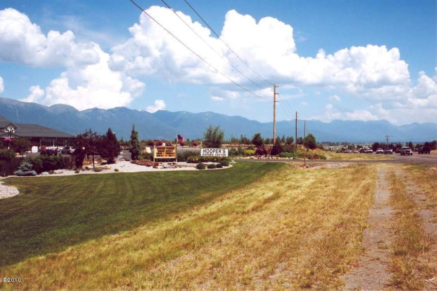 Additional photo for property listing at 2205 Mt Highway 35 2205 Mt Highway 35 Kalispell, Montana 59901 United States