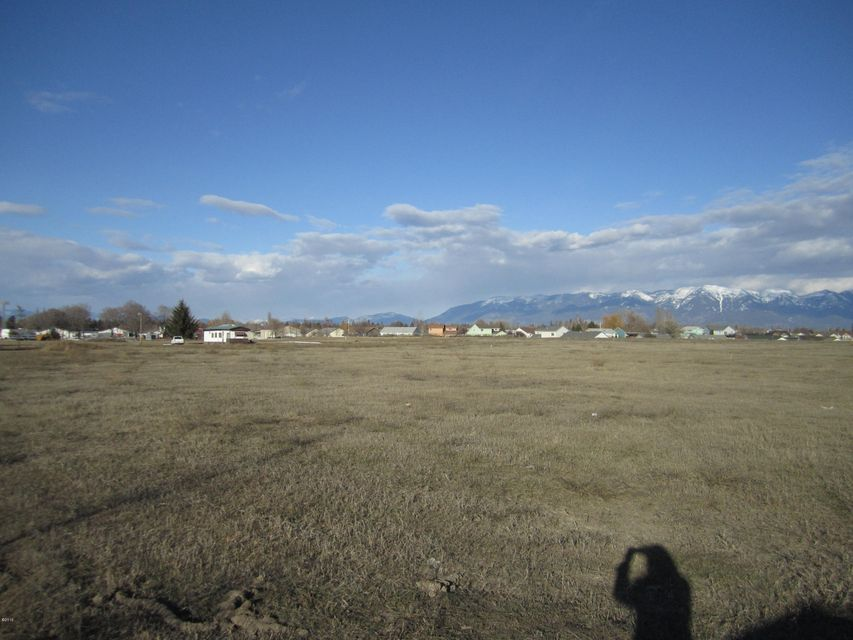 Additional photo for property listing at 2385 Hwy 93 2385 Hwy 93 Kalispell, Montana 59901 United States