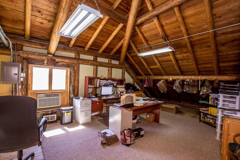 Additional photo for property listing at 150 Cliff Avenue  Eureka, Montana 59917 United States