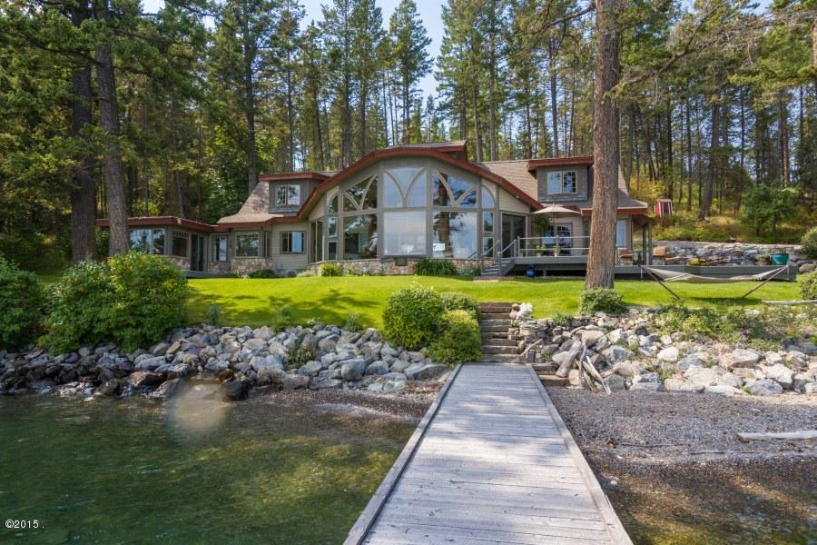Nhà ở một gia đình vì Bán tại 793 Lakeside Boulevard 793 Lakeside Boulevard Lakeside, Montana,59922 Hoa Kỳ