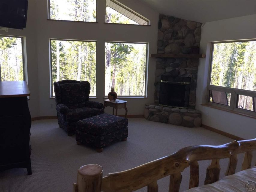 Additional photo for property listing at 135 Dude Ranch Lane  Anaconda, Montana 59711 United States