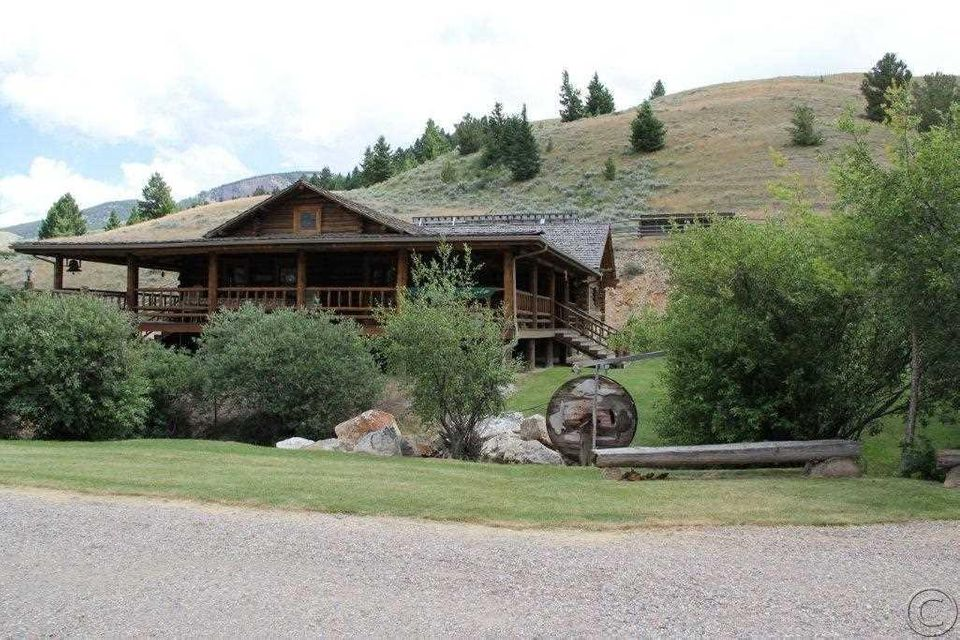 Additional photo for property listing at 2644 A & B West Fork Little Sheep Creek  Lima, Montana 59739 United States