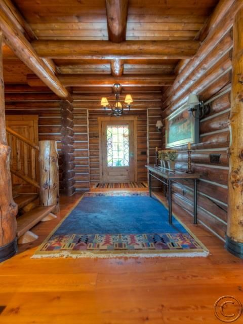Additional photo for property listing at 1462  Stock Farm Road  Hamilton, Montana,59840 États-Unis