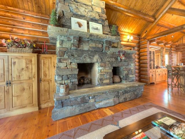 Additional photo for property listing at 1462  Stock Farm Road  Hamilton, Montana,59840 Verenigde Staten