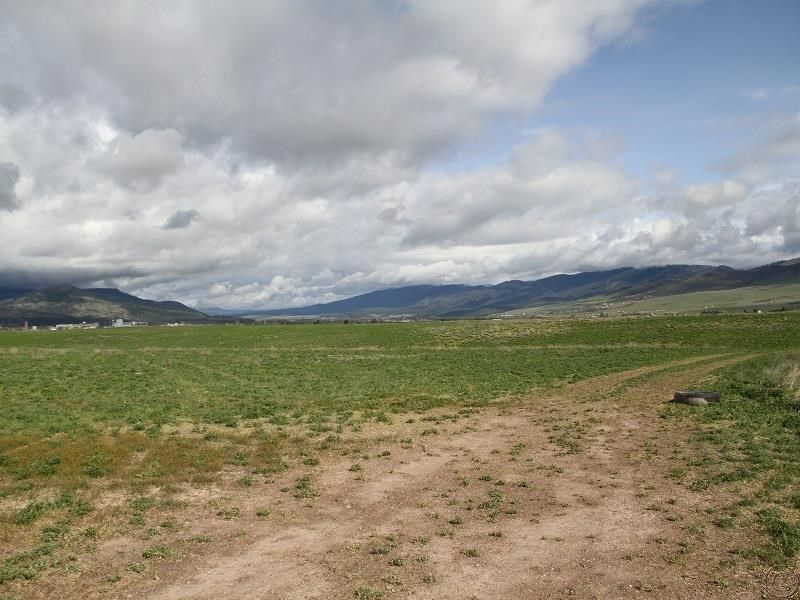 Additional photo for property listing at 11330 Mocassin Lane  Missoula, Montana 59802 United States