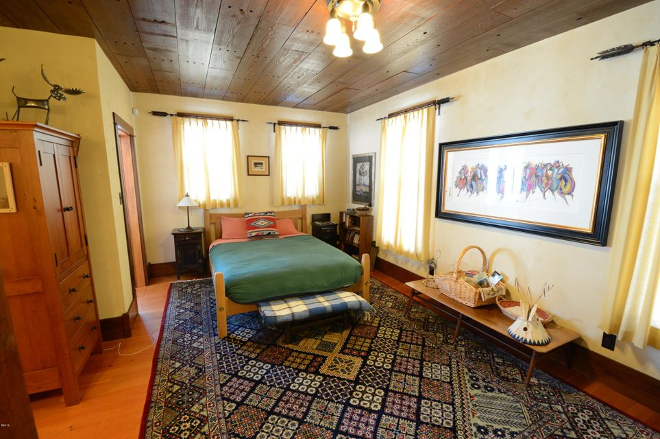 Additional photo for property listing at Ovando Sundance Ranch  Ovando, Montana 59854 United States