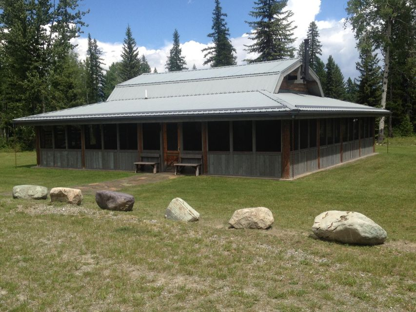 Single Family Home for Sale at 615 Potter Creek Road 615 Potter Creek Road Olney, Montana 59927 United States