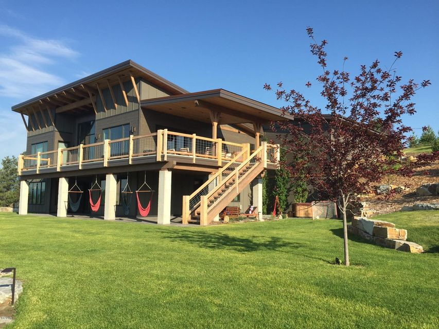 Additional photo for property listing at 342 Cowgirl Cove  Eureka, Montana 59917 United States