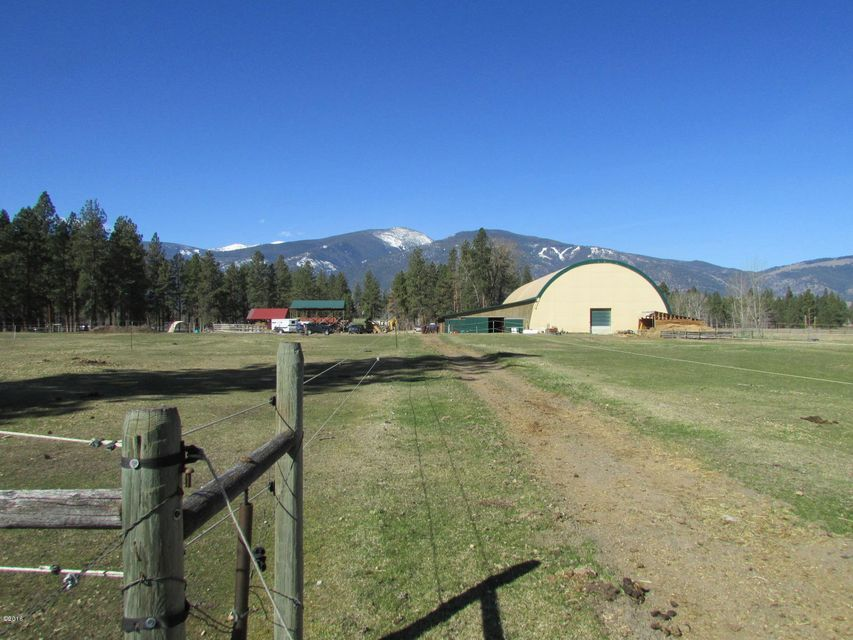 Single Family Home for Sale at 3700 East Carlton Creek Road 3700 East Carlton Creek Road Florence, Montana 59833 United States