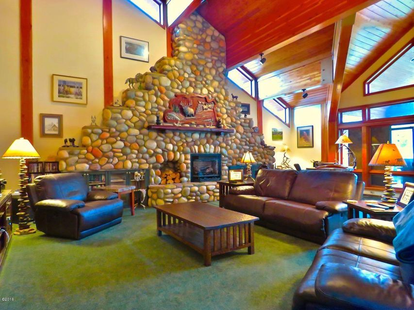 Additional photo for property listing at 2549 Horseshoe Hills Trail 2549 Horseshoe Hills Trail Seeley Lake, Montana 59868 United States