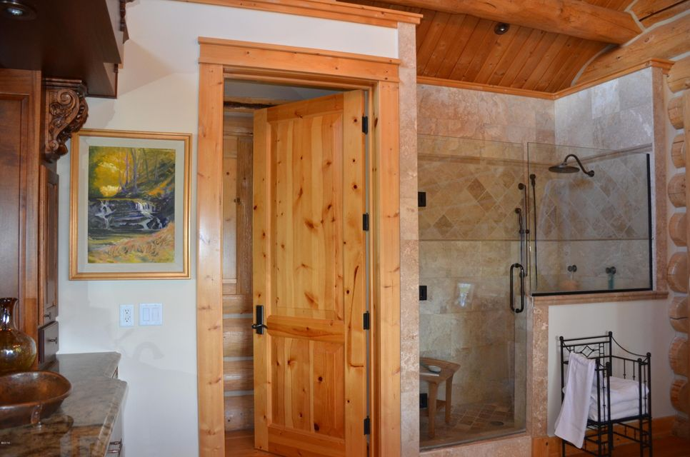 Additional photo for property listing at 468 Cayuse Trail  Corvallis, Montana 59828 United States