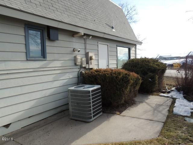 Additional photo for property listing at 7145 Us Highway 10 West 7145 Us Highway 10 West Missoula, Montana 59808 United States