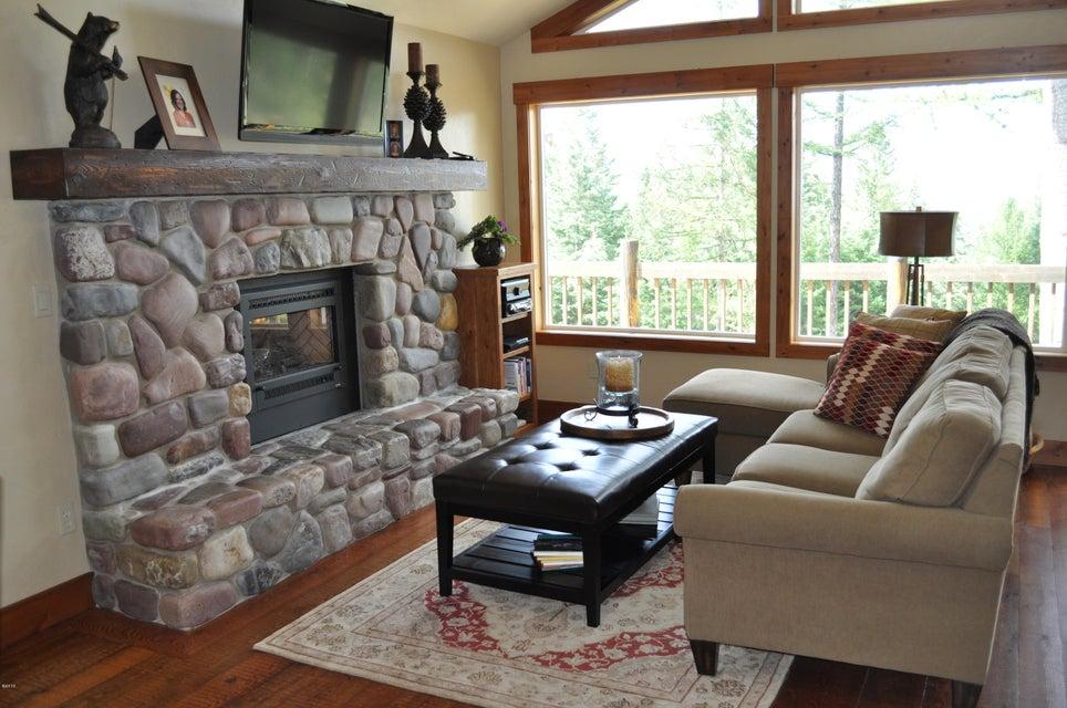 Additional photo for property listing at 300 Tamarack Woods Drive  Lakeside, Montana 59922 United States