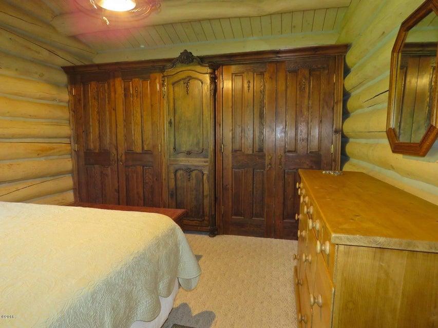 Additional photo for property listing at 450 Landmark Lane  Bigfork, Montana 59911 United States