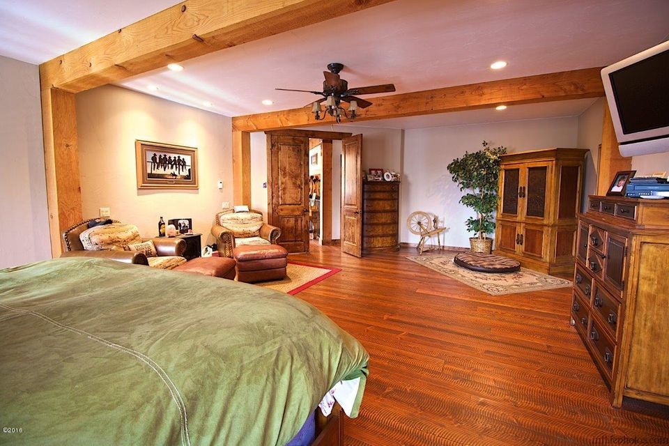 Additional photo for property listing at 70  Big Cedar 70  Big Cedar Bigfork, Montana,59911 United States