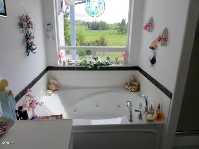 Additional photo for property listing at 316 Spring Lane  Eureka, Montana 59917 United States