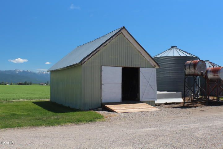 Additional photo for property listing at 2050 Holt Stage Road 2050 Holt Stage Road Kalispell, Montana 59901 United States