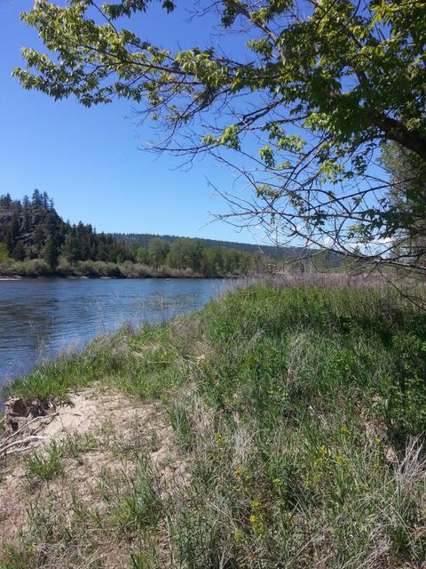 Additional photo for property listing at 23595 East Mullan Road 23595 East Mullan Road Frenchtown, Montana 59834 United States